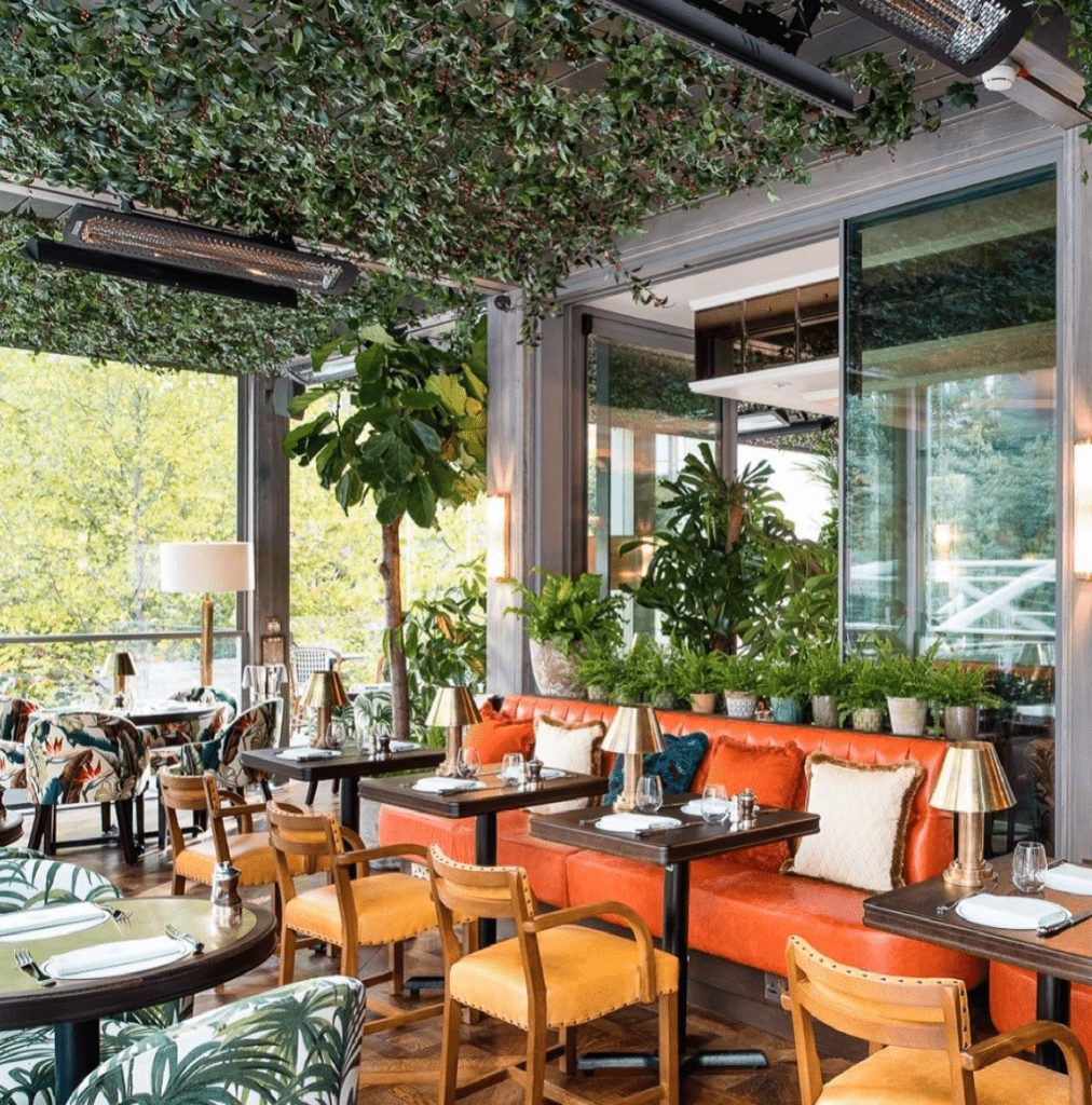 Seating inside the Ivy near Canary Wharf